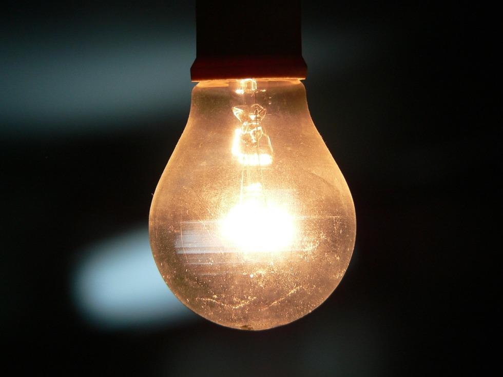 bulb-742428_1280