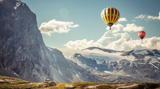 hot-air-balloons-1253229_1280
